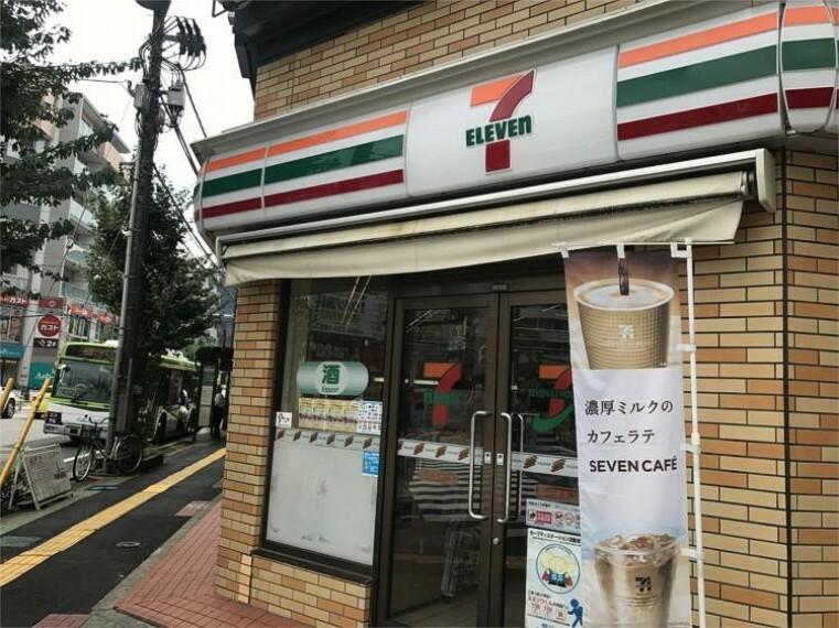 コンビニ セブンイレブン西川口駅東口店