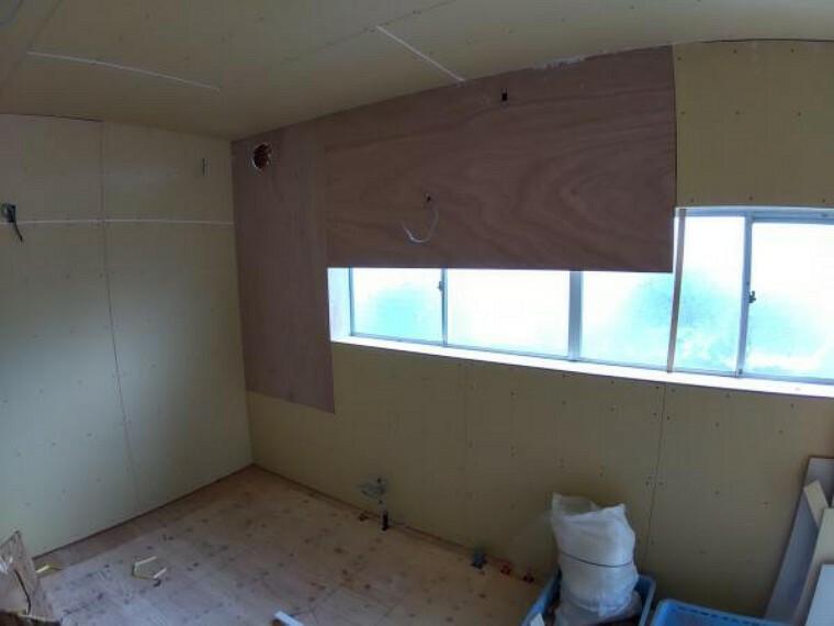 キッチン 【リフォーム中】こちらに永大産業製の新品のキッチンを設置します。