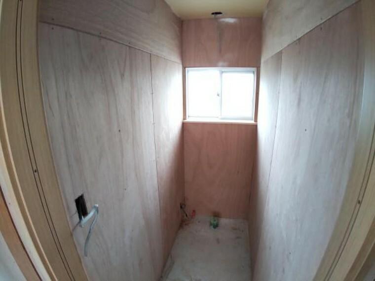 トイレ 【リフォーム中】こちらに新品のトイレを設置します。