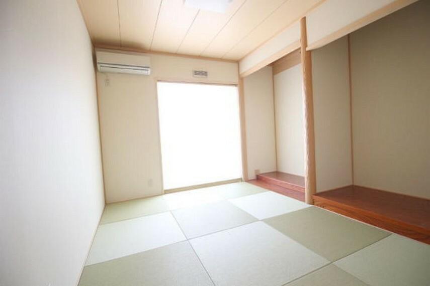 和室 玄関から直接入れるので、来客に便利です!
