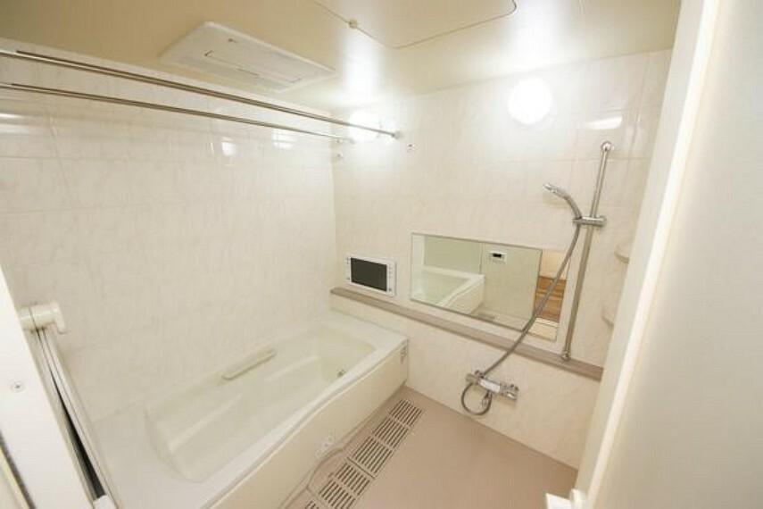 浴室 テレビ付きのためゆったりとした優雅な時間を過ごすことが出来ますね!