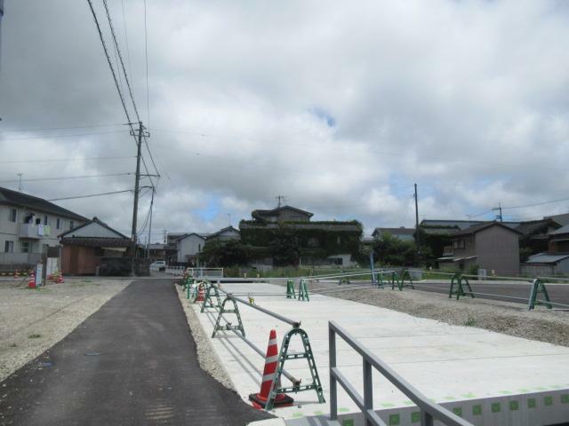 新バイパス、現在工事中です。すぐ近くに出来るので、とても便利良くなります