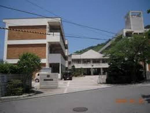 中学校 呉市立吉浦中学校