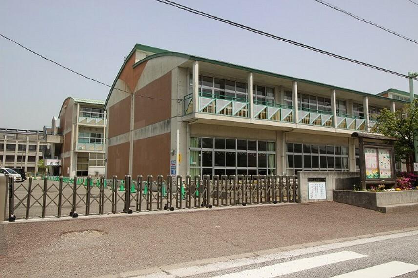 小学校 【小学校】江陽小学校まで520m