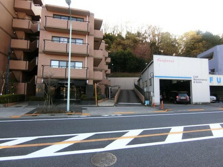 外観写真 交通アクセスは京王線「聖蹟桜ヶ丘」駅徒歩圏内です。