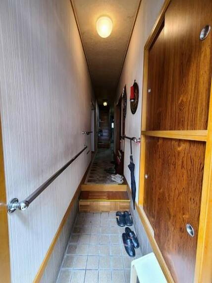 玄関 玄関は2カ所あります