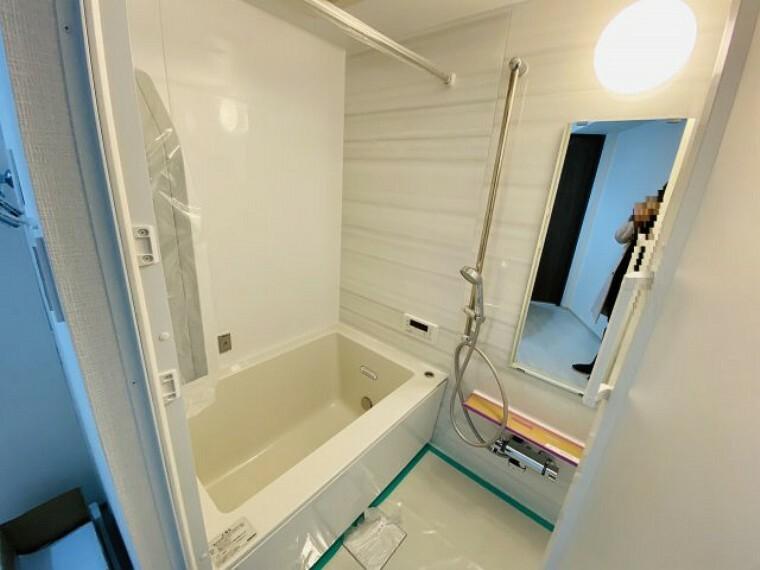 浴室 ~新規交換したキレイなバスルーム 気持ち良く湯船に浸かる事が出来ます~