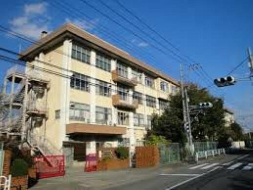 小学校 【小学校】椚田小学校まで868m