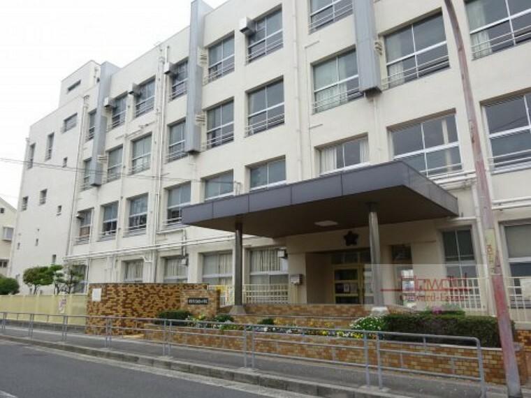 小学校 【小学校】大阪市立諏訪小学校まで800m