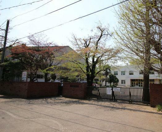 中学校 鶴ヶ島中学校(1700m)