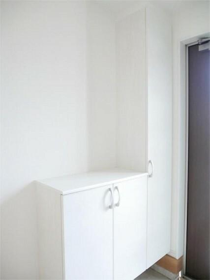 同仕様写真(内観) 施工イメージ・玄関収納