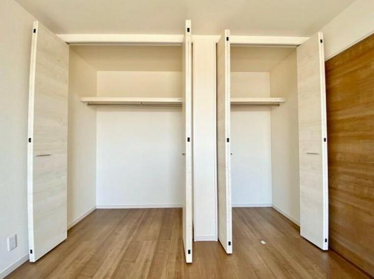 収納 充実した収納スペースなので、お子様が大きくなって、荷物が増えてもたっぷり収納しておけますね