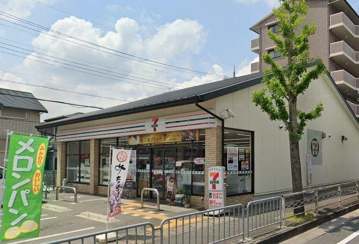 コンビニ セブンイレブン京都樫原水築町店
