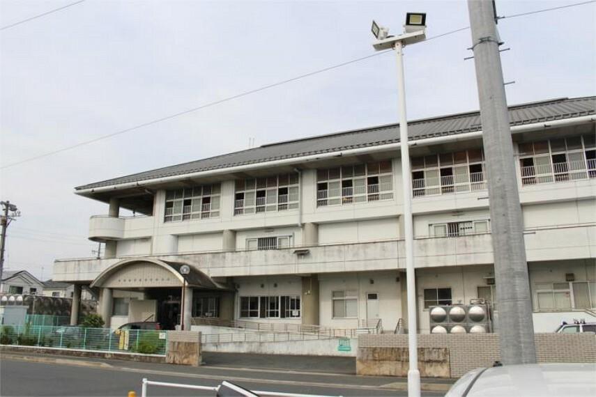 小学校 豊橋市立汐田小学校