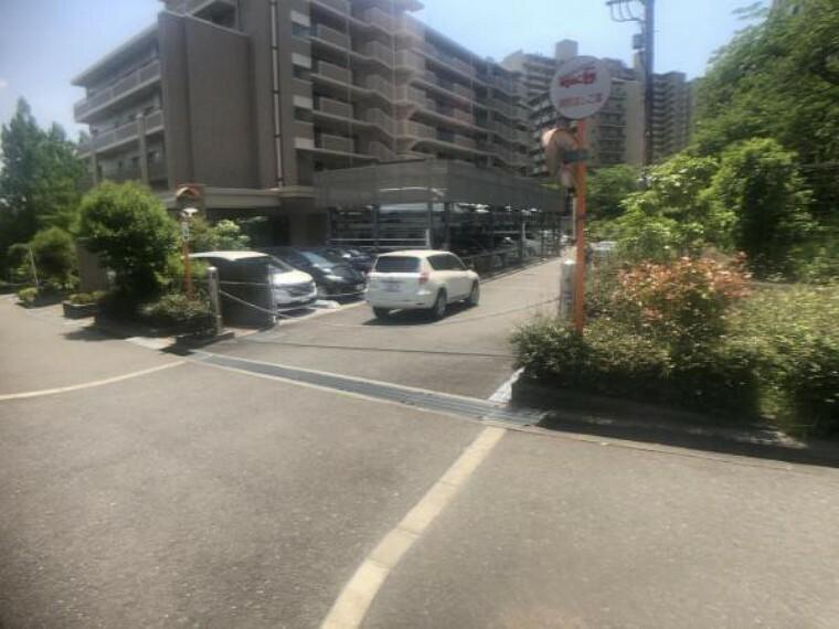 敷地内駐車場 機械式駐車場は車へのいたずらや盗難被害に遭いづらいというメリットがあります