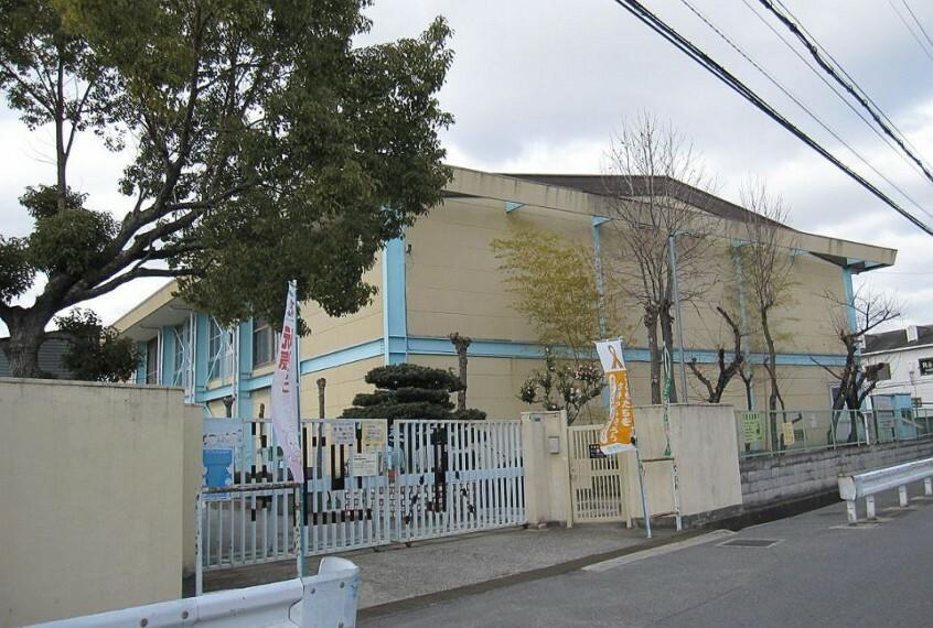 小学校 【小学校】寝屋川市立池田小学校まで804m