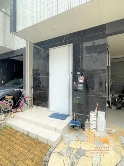 玄関 3沿線利用可能な好立地! JR片町線「放出駅」徒歩13分!