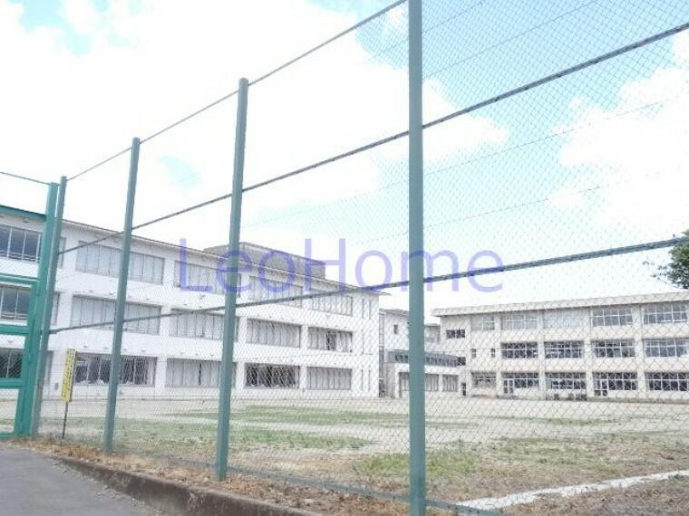 中学校 【中学校】榛東村立 榛東中学校まで2726m