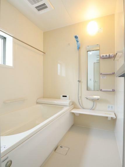 浴室 【1号棟】システムユニットバス・シャンプードレッサー・浴室換気乾燥機