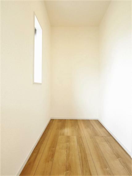 寝室 【1号棟】主寝室9.13帖・フリースペース