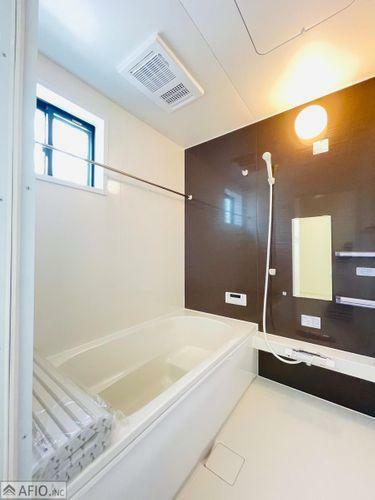 浴室 1日の疲れを癒す浴室休日の日はお子様とのコミュニケーションの場として