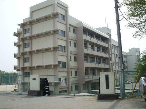 中学校 鎌ケ谷市立第四中学校 徒歩20分。