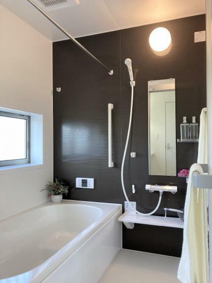 浴室 【1号棟】浴室乾燥機付きユニットバス・浴室カラリ床