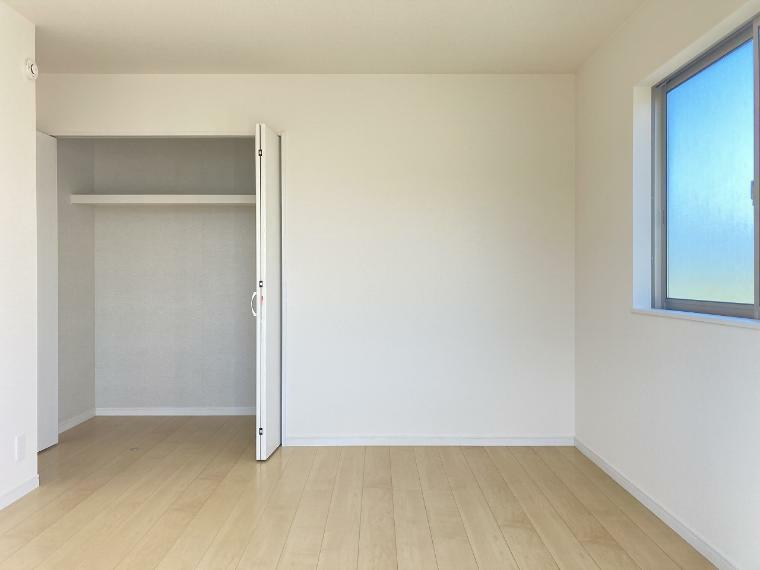 収納 【1号棟】主寝室7.25帖クローゼット