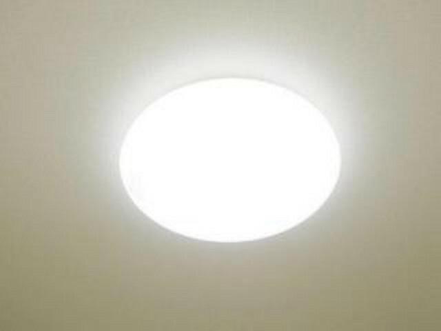 【同仕様写真】各居室の照明器具は新品交換。照明器具は設置した状態でお引渡しを致しますのでお客様が別途ご購入いただく必要はございません。