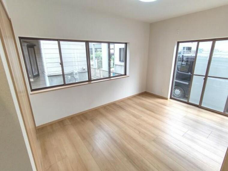 【リフォーム済】別角度の1階洋室です。1階にお部屋があるのは便利ですね。