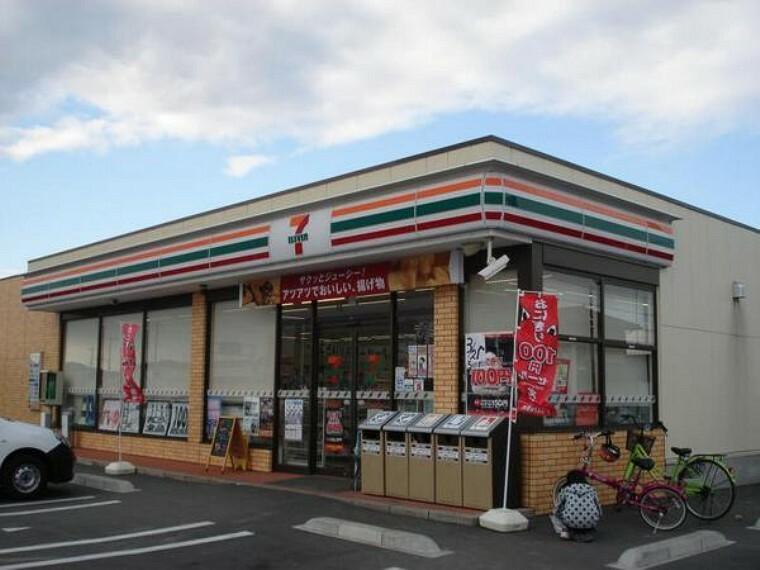 コンビニ セブンイレブン倉敷連島鶴新田店