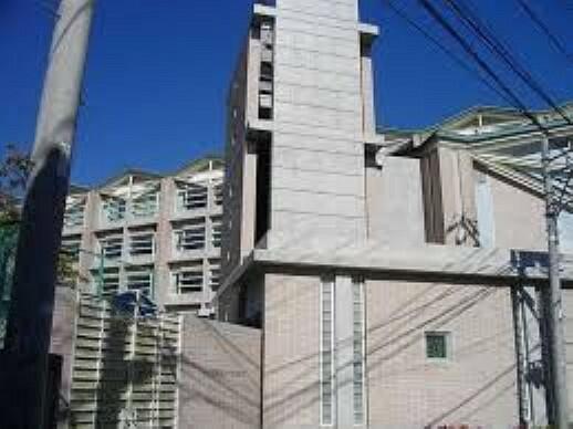 高校・高専 私立女子聖学院高校 徒歩25分。