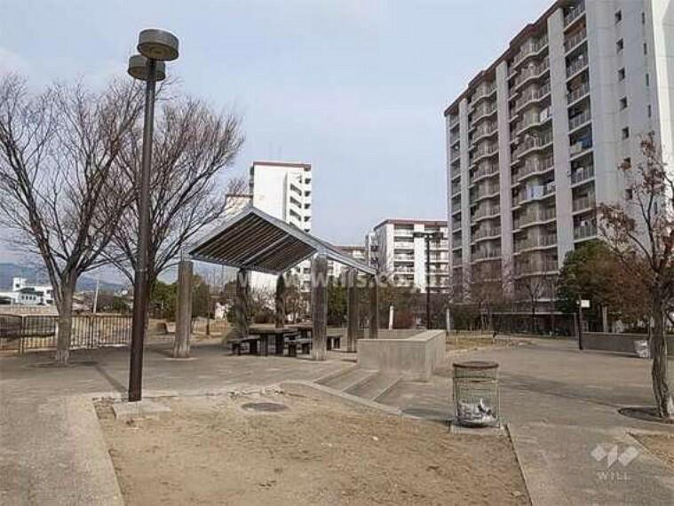 公園 東川親水中公園と東川親水北公園の外観