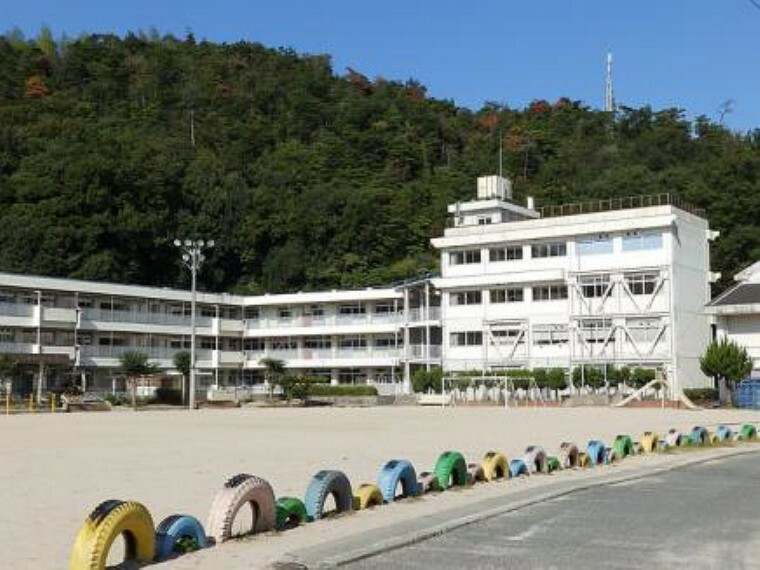 小学校 広島市立上温品小学校