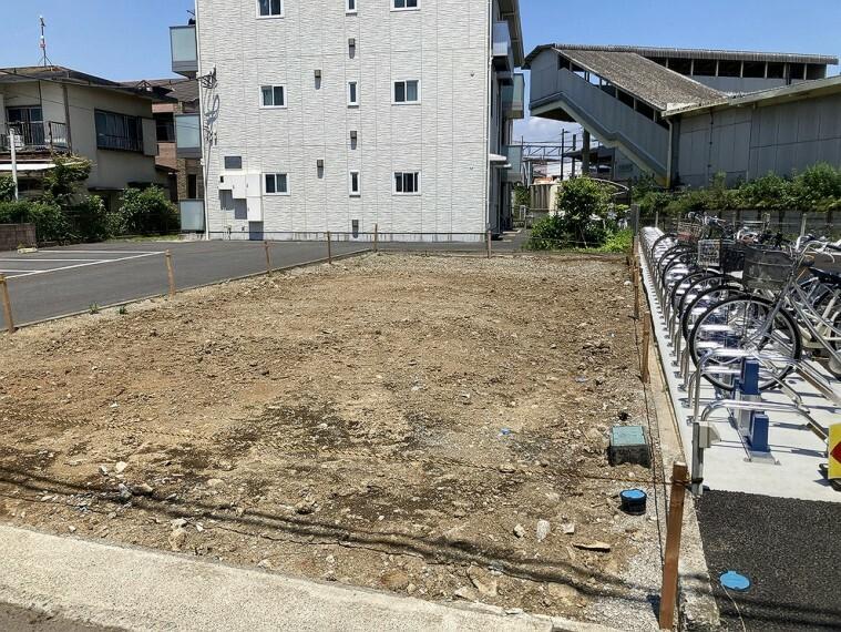 現況写真 「螢田」駅より徒歩約1分、通勤通学にも大変便利