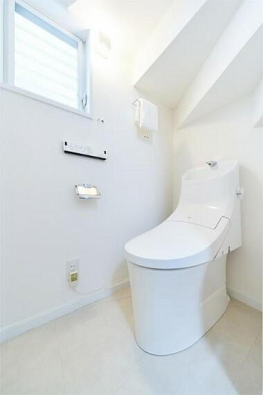 トイレ トイレセット新規交換いたしました!