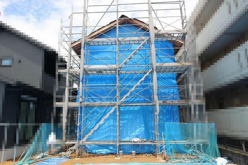 現況外観写真 2021.6月:棟上げされました。(西側)