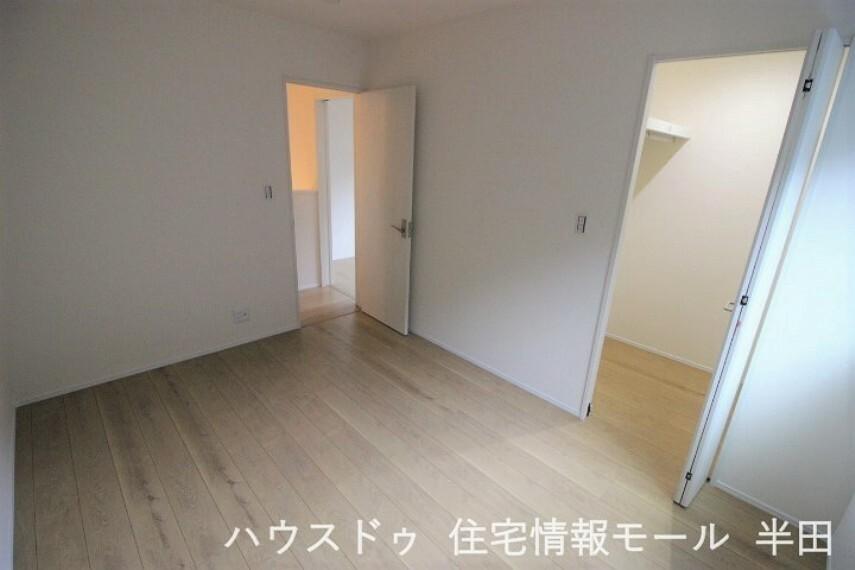 子供部屋 2階6帖洋室  2階の居室すべて6帖以上