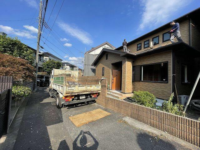 現況写真 5/31撮影 只今家屋取り壊し中です