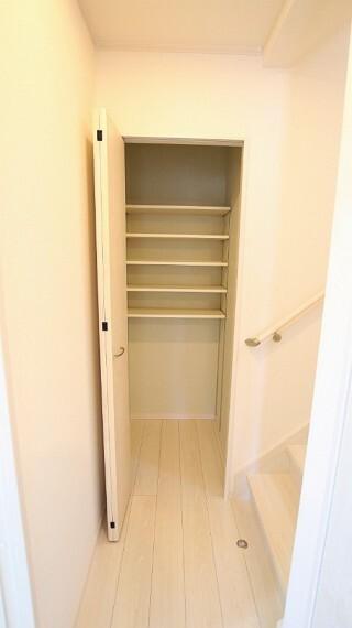 収納 散らかりがちな玄関もスッキリ収納できます。