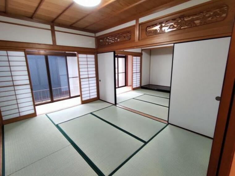 和室 【リフォーム済】1階和室です。畳の表替えの他、襖の張替えなどを行いました。
