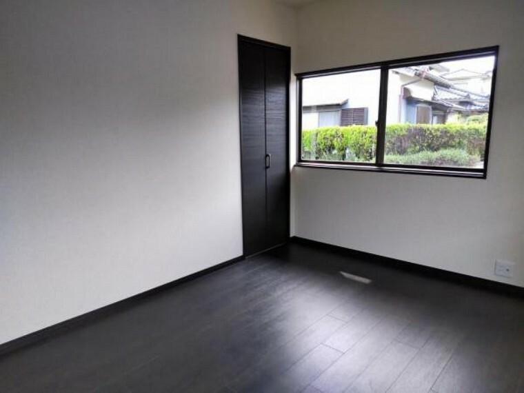 【リフォーム中】東側の和室写真です。こちらの部屋も洋室へ間取り変更します。