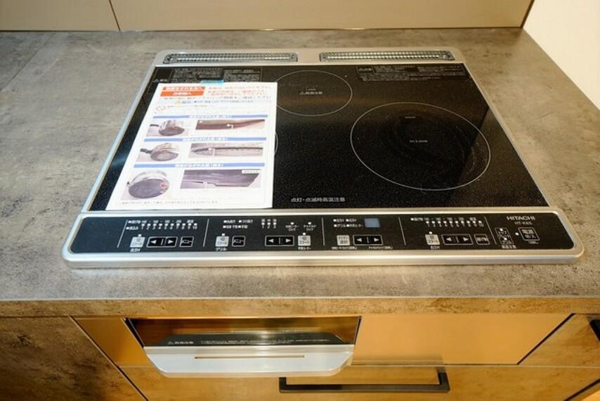 キッチン 家計に優しいオール電化。火を使わないのでお子様との料理も安心です。