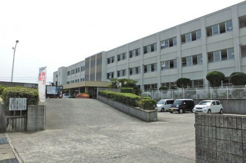 中学校 【中学校】熊取町立熊取北中学校まで1200m