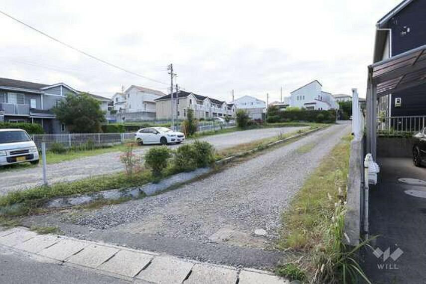 現況写真 この物件は名鉄豊田線「日進」駅から南西へ徒歩14分、日進市折戸町高松にある建築条件のない土地です。