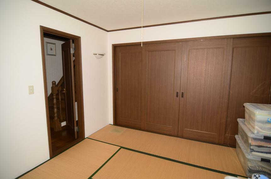 和室 1階8帖和室