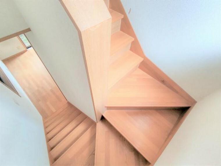 【リフォーム中】階段には手すりを新設します。小さなお子様やご年配の方でも安心して上り下りしていただけます。