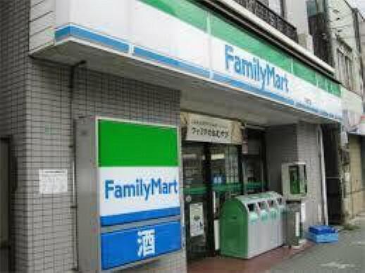 コンビニ ファミリーマート千種今池南店
