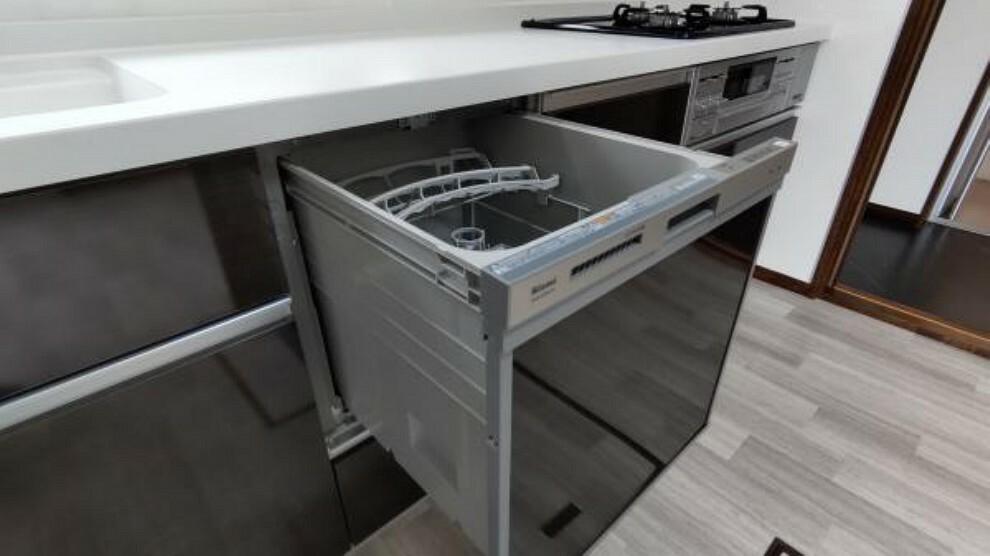 構造・工法・仕様 【食洗器】新品のキッチンには食洗機を導入しております。洗い物が便利になりますね。