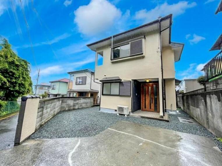 リビングダイニング 売主として累計6万戸以上の住宅をリフォームして販売してきた経験に基づき、一戸一戸、土地や建物に合わせてリフォームを行っています。ぜひとも現地でご確認ください。